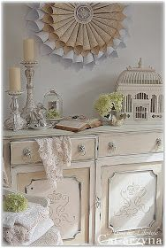 Shabby Chic Two-Toned Painted Cabinet - via Cat-arzyna: White & Cream