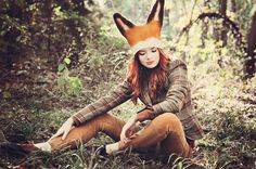 The best holiday of the year! I ordered this felted fox hat from VaivaNat, a hat designer from Lithuania for my Fantastic Mr. Fox costume several weeks ago.I have been so excited to wear it! I'm wearing a.