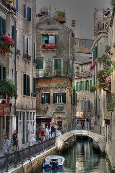 Calles de Venecia 0039 HDR   Calles de Venecia   Von: elyuyu   Flickr - Photo Sharing!