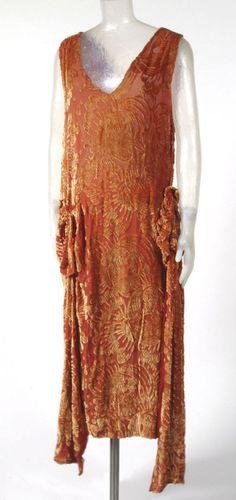 1920s Woman's Dress (Artist/maker unknown, American)  (Philadelphia Museum of Art)