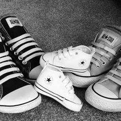 Resultado de imagem para pregnancy announcement photos shoes
