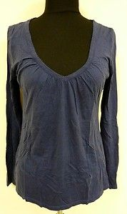Cute navy blue long sleeved knit top blouse shirt v neck by Old Navy sz M