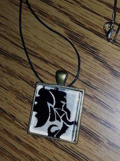 Elefántos nyaklánc ~ Kedy kreatív Pendant Necklace, Christmas Ornaments, Holiday Decor, Jewelry, Jewlery, Jewerly, Christmas Jewelry, Schmuck, Jewels