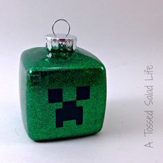 Glitter and Vinyl Minecraft Christmas Ornament: Silhouette Challenge and Giveaway - My Mom Made That