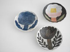 Makoto Kagoshima new arrivals! Ceramic Clay, Ceramic Bowls, Ceramic Pottery, Kagoshima, Pottery Designs, Ceramic Flowers, Contemporary Ceramics, My Scrapbook, Linocut Prints