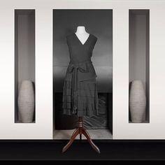 Diane von Furstenberg : Robe portefeuille plissé soleil Longueur genoux A ceinturer avec lien plissé