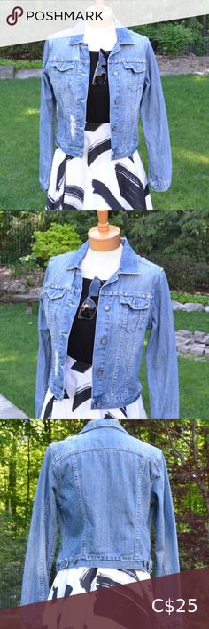 American Eagle Distressed Denim Jacket DENIM DREAM.  Timeless jacket that is ideal for almost any style look. It's a perfect top layer for any kind of occasion.  Closet Staple in Size Small. Vintage distressed and ripped details. Beading along pocket flaps and ripped detail. American Eagle Outfitters Jackets & Coats Jean Jackets Plus Size Distressed Jeans, Distressed Denim, Plus Fashion, Fashion Tips, Fashion Trends, American Eagle Jeans, Jean Jackets, Eagle Outfitters, Beading
