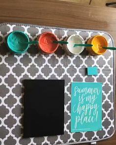 "Chalk Couture ""Summer is my happy place"" Transfer - Easy Crafts for All Chalk Crafts, Diy Craft Projects, Crafts To Make, Home Crafts, Fun Crafts, Money Making Crafts, Craft Ideas, Vinyl Crafts, Chalk Art"