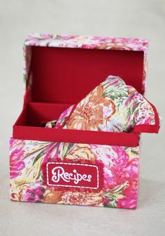 Floral Wish Apron And Recipe Box Set