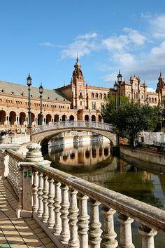 The Plaza de España - Seville - Spain (von Alex E. Proimos)