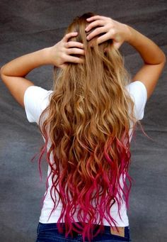 pink dip-dyed hair.  Good placement + PERFECT length... this is exactly what I'm going for next, only with black on top... LOVE the waves too!!!