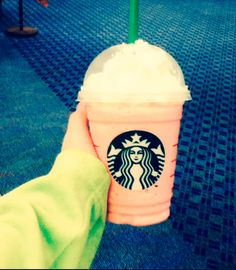 cotton candy frappe♡ by: @ⓔⓁⓛⓐ ⓜⓐⓣⓛⓞⓒⓚ