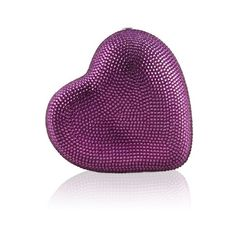 Judith Leiber Couture Hearts Clutch (22.730 ARS) ❤ liked on Polyvore featuring bags, handbags, clutches, silver fuchsia, purple purse, locking purse, heart shaped purse, evening hand bags and kiss-lock handbags