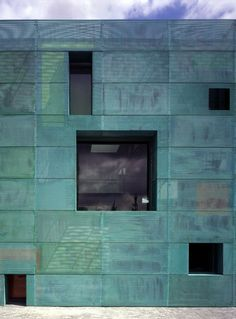 Sarphatistraat Offices | Steven Holl Architects.