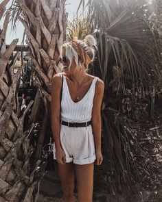cute boho style | boho outfit inspiration | summer outfit | tanned skin | blonde hair | Fitz & Huxley | www.fitzandhuxley.com