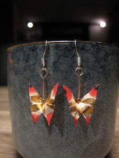 Le chouchou de ma boutique https://www.etsy.com/fr/listing/584297081/boucles-doreilles-origami-papier