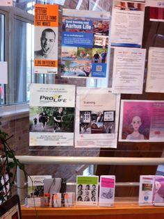Vores plakat og folder har fået en fornem plads i Kræftrådgivningen i Århus. #Proofoflife pryder også væggen #roadtrip