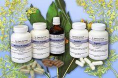 LE DÉPARASITAGE SELON LE DR CLARK Ce qu'il vous faut : Teinture de Brou de Noix Extra-Forte ou Gélules de Brou de Noix lyophilisé (150 mg par gélule) Gélules d'Absinthe (200-300 mg d'absinthe par gélule) Gélules de Clous de Girofle (500 mg par gélule)...