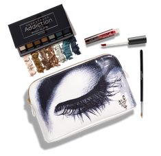 This month special is about getting the look you want, choosing from six Moodstruck Addition Shadows Palette plus a Lip Stain color of your choice and a Eyeliner Brush. A free make bag bonus. $69 USA $83 CAD