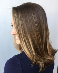 18 Balayage Straight Hair Color Ideas You Have to See in 2020 Balayage Color Castaño, Red Balayage Hair, Balayage Straight Hair, Blonde Balayage Highlights, Caramel Balayage, Caramel Hair, Brown Balayage, Brown Hair With Highlights, Balayage Brunette