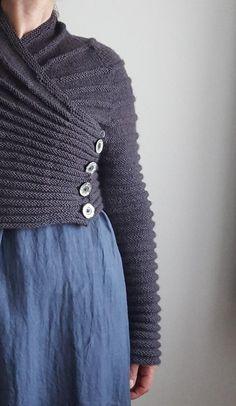 Outlander Knitting Patterns, Shrug Knitting Pattern, Knit Cardigan Pattern, Knit Shrug, Sweater Knitting Patterns, Knit Patterns, Free Knitting, Simple Knitting Patterns, Loom Knitting