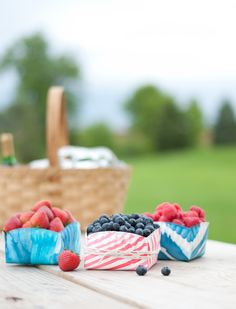 DIY for Design Mom: Paper Plate Berry Baskets- these would be so great to have at a Teddy Bear Picnic Birthday Party! Fill with berries or other fun treats!