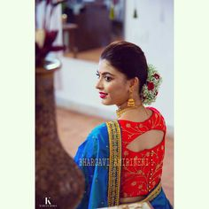 All Ethnic Customization with Hand Embroidery & beautiful Zardosi Art by Expert & Experienced Artist That reflect in Blouse , Lehenga & Sarees Designer creativity that will sunshine You & your Party Worldwide Delivery. Blouse Back Neck Designs, Simple Blouse Designs, Stylish Blouse Design, Silk Saree Blouse Designs, Silk Sarees, Boat Neck Designs Blouses, Latest Blouse Designs, Indian Blouse Designs, Saree Blouse Patterns