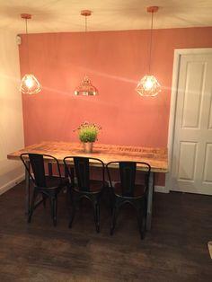 Could my favourite colour work. Parrilla Exterior, Accent Wall In Kitchen, Copper Blush, Blush Walls, Copper Lighting, Condo, Flat Ideas, Funky Design, Copper Kitchen
