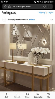 Linda decoração de Hall de entrada / Beautiful entrance hall decor / Hallway decor idea / Home decor inspiration / Hall decor ideias / Belle décoration du hall White Console Table, Entryway Console Table, Modern Console Tables, Table Frame, Console With Mirror, Mirror On The Wall, Wall Mirror Ideas, Table Mirror, Wall Mirrors