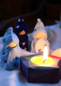 Advent elf/gnomes/holy men/star men made out of peg dolls. wood and wool. simple craft diy tutorial