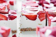 Imagen de cake, food, and strawberry