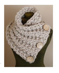 VALENTINES GIFT, Chunky Hand Knit Scarf in Neautral Tan with Three Large Functional Buttons, Chunky Knit Cowl, Chunky Button Neck Warmer