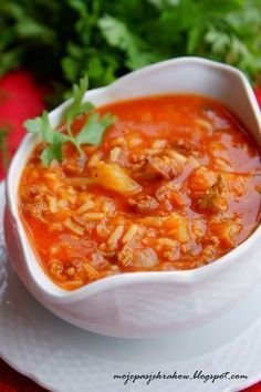 moje pasje: Zupa gołąbkowa Healthy Dishes, Healthy Recipes, Soup Recipes, Cooking Recipes, Vegan Junk Food, Vegetarian Cabbage, Good Food, Yummy Food, Fast Dinners
