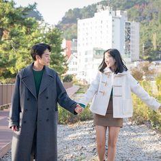 Mbc Drama, Park Bo Young, A Love So Beautiful, Kim Sang, Korean Couple, Kdrama Actors, Drama Korea, Drama Movies, Lee Min Ho