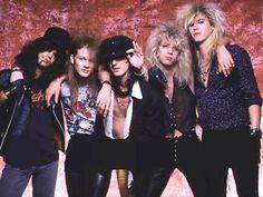 Guns N' Roses - Slash, Axl Rose, Izzy Stradlin, Steven Adler & Duff Mckagan.
