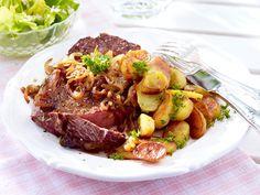 Sonntagsessen für die ganze Familie - zwiebelrostbraten-bratkartoffeln  Rezept