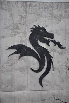 Dragon, FC PORTO Baseball Crafts, Fc Porto, Dragon, Football Soccer, Just Do It, Tatoos, Moose Art, City, Drawings