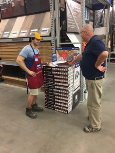 Just finished setting up our new display in the flooring section at Lowe's Whitby. Come visit Nick to learn more about DryBarrier subfloor! Lowes, Diy Ideas, It Is Finished, Display, Flooring, Learning, Tips, Floor Space, Billboard