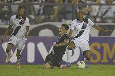 Contra o Corinthians, jogadores vascaínos confessam falta de inspiração do ataque