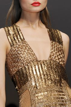 Golden Grass woven dress for the Khalessi, Gianfranco Ferré