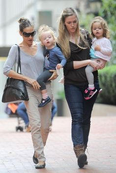 Actress Sarah Jessica Parker out with her daughters Tabitha Hodge Broderick and Marion Loretta Elwell Broderick in New York City.