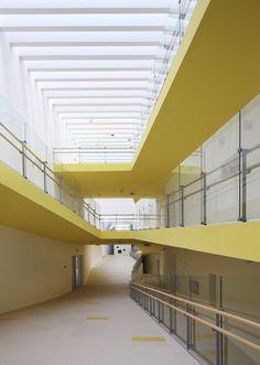 Gallery - Kindergarten of Jiading New Town / Atelier Deshaus - 5