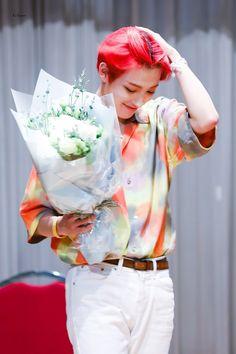 © Eclipse · do not edit Hugs And Cuddles, Jung Woo Young, Kim Hongjoong, One Team, Kpop Boy, Bias Wrecker, Photo Cards, Pop Group, Destiny