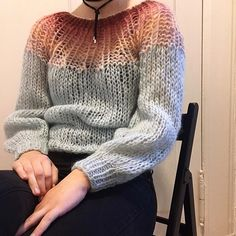 Gradient love! Be quick and check out our onlineshop for this lovely sweater. 💕 . . #maiamiberlin #handmadewithlove #knitting #knitwear #slowfashion