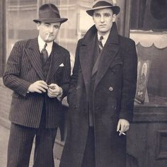 These 1940s dapper gents have some serious swagger