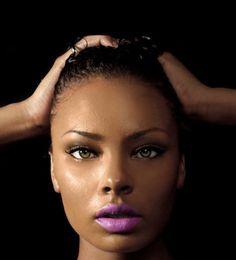 How To Wear Purple Lipstick (2)