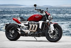 Cool Triumph Rocket 3 With World's Largest Moto Engine 14 on Auto Design and development for Triumph Rocket 3 With World's Largest Moto Engine Triumph Rocket, Triumph Motorbikes, New Motorcycles, Triumph Motorcycles, Concept Motorcycles, Triumph Scrambler, Motorcycle Engine, Motorcycle Style, Motorcycle Garage