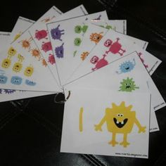 cute monster counting cards - they'd make really cute math flashcards!