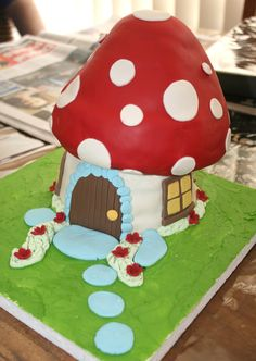 Mushroom Cake...I so wanna make this!