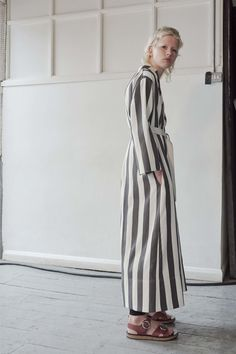 Contemporary Fashion - maxi coat with striped print // Joseph Resort 2017